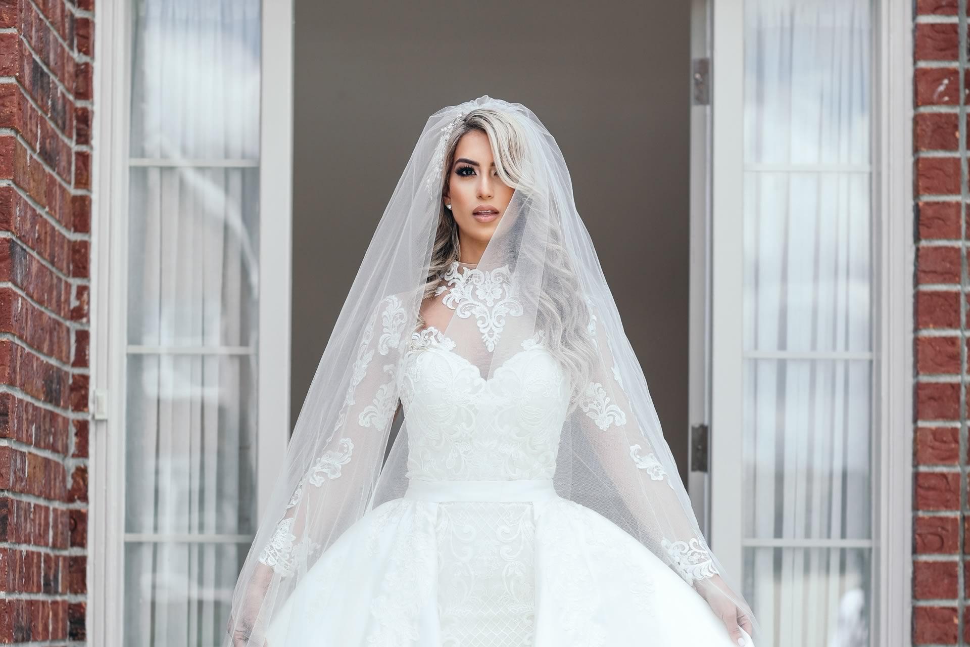 Ways To Customize Your Wedding Dress